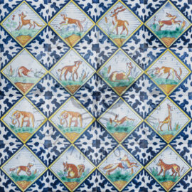 Polychrome Animals In Square Tiles (TMZ10)