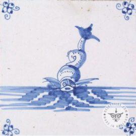 Fish Blue & White Tile #S16