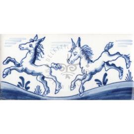 Border Tile 17 – Horses